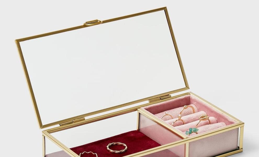 Un joyero imbatible: Las piezas básicas que no pueden faltar en tu colección