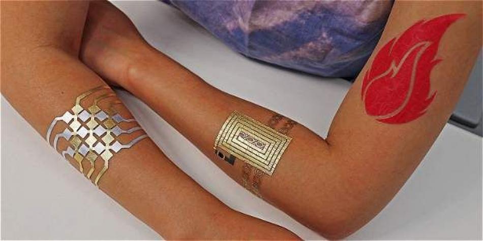 Usa tu teléfono mediante un tatuaje electrónico insertado en la piel